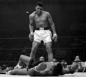 Muhammad Ali contro Sonny Liston.